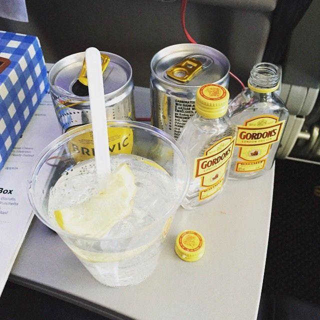 Plane gin and tonics