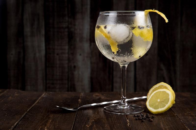 Gin-lemon-drink