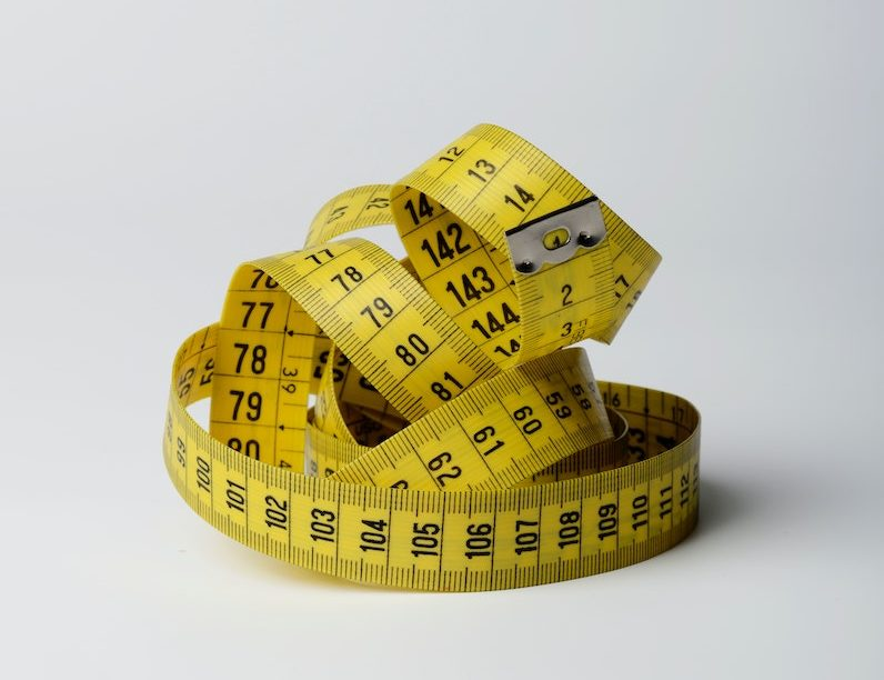 Tape-measure-for-weight-loss